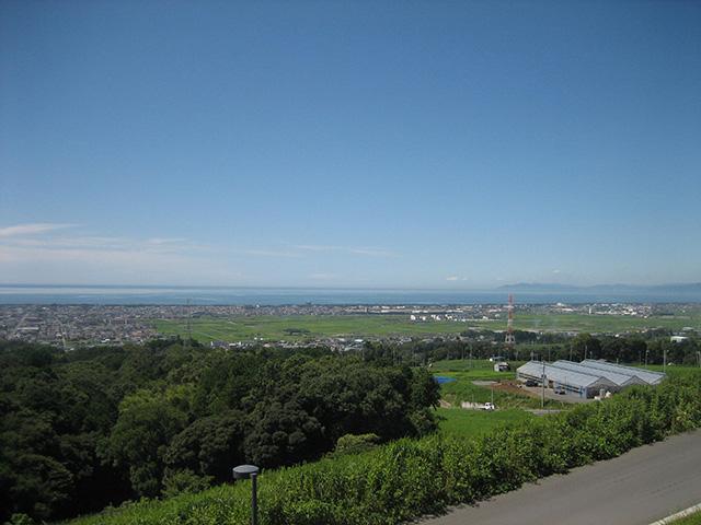 駿河湾 青と緑のコントラストが綺麗です