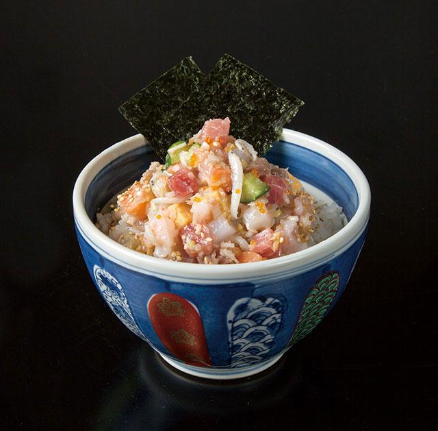 おすすめの「ぜいたく海鮮丼」1,045円(税込)