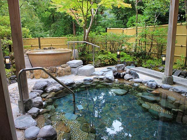 小田急 ホテルはつはなの大浴場露天風呂