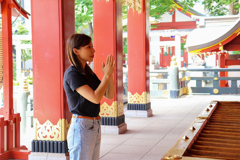 【圖解】在神社拍手雙手合十是錯的!如何正確參拜神社:從洗手~投錢鞠躬動作剖析