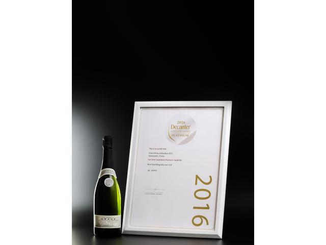 Grace Extra Brut 2011 winning Platinum Award