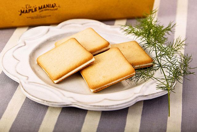 「メープルバタークッキー」 9枚入864円(税込)~