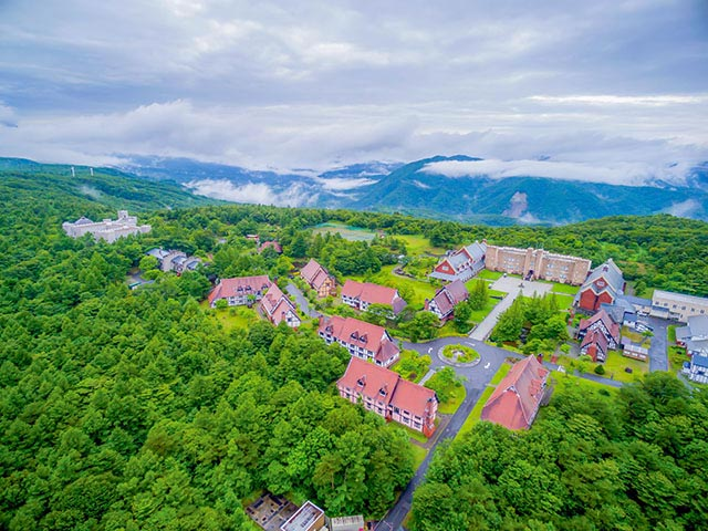 上空から眺めると、ここが日本だということを忘れてしまいます