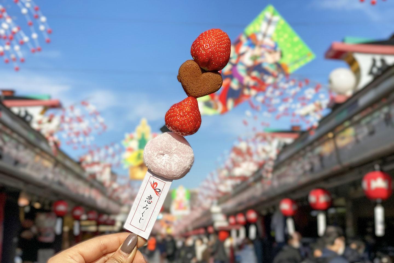 【2021年最新】浅草の人気&穴場食べ歩きグルメ14選|全部ワンコイン以下!