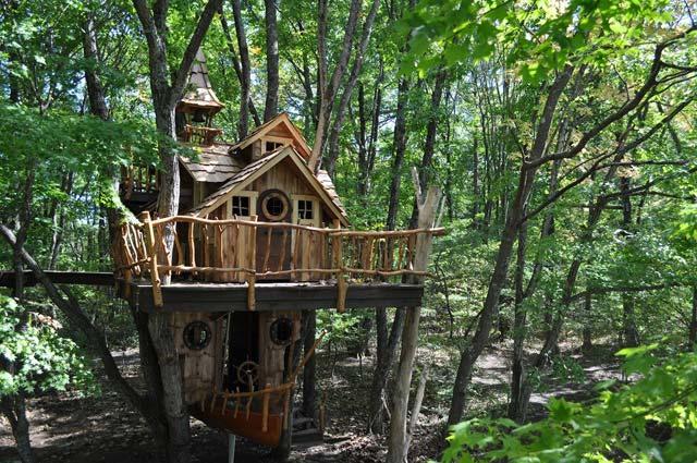 スウィートグラス 遊べるツリーハウス「ツリーハウス・ノア」