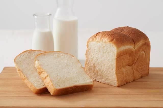 東京MIRUKU 吐司(東京みるく食パン)  800日圓 未稅