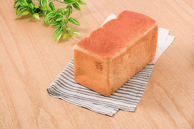 「我的生吐司麵包~香~」2斤 1,000円(含稅)
