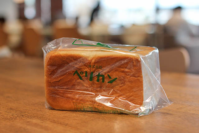 食パン 1斤 430円(税込)