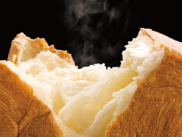 デニッシュ食パン「MIYABI」 Mサイズ880円(税込) Lサイズ1,100円(税込)