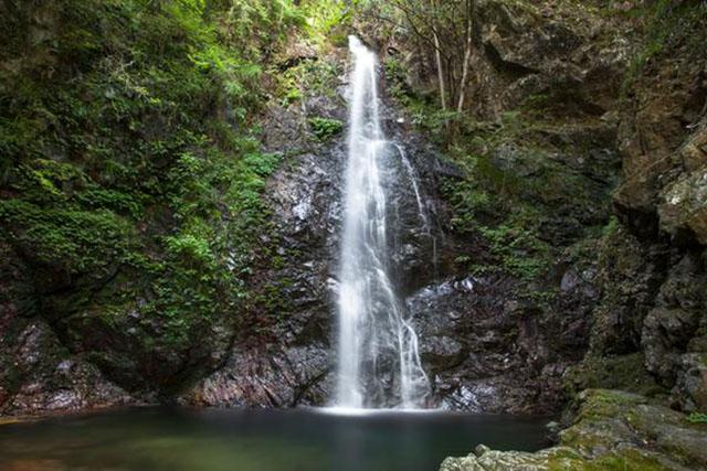 「払沢の滝」