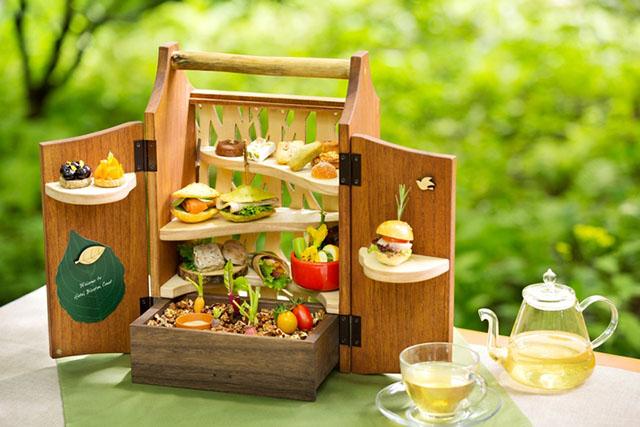 「森のアフタヌーンティー・夏」4,500円(税・サービス料別) ※季節によってメニューや提供様式が変わります