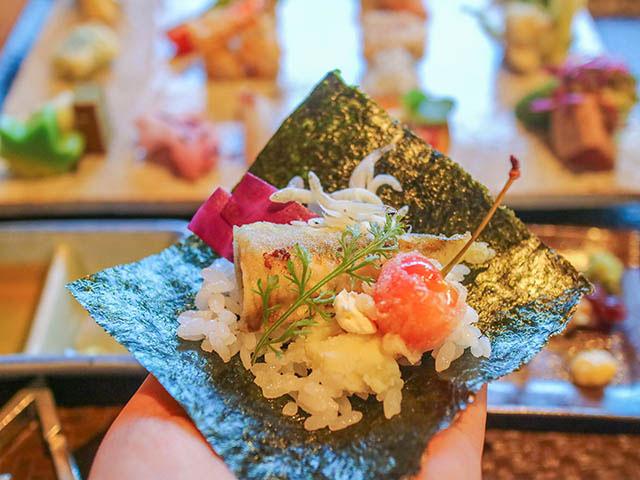 AWOMB西木屋町 サクランボの天ぷらにクリームチーズ、意外な組み合わせにもトライしてみて