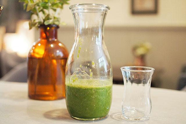 本当に飲みやすい「自家製グリーンスムージー」