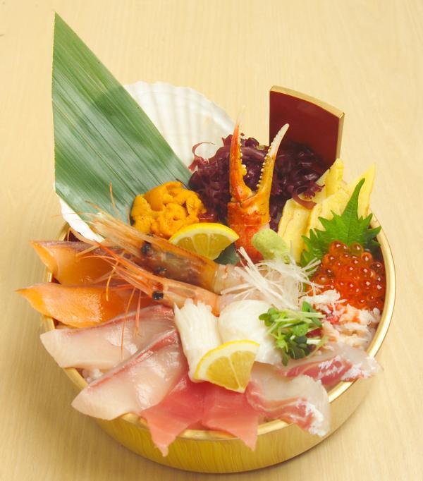 北の贅沢丼 3280円(税込)