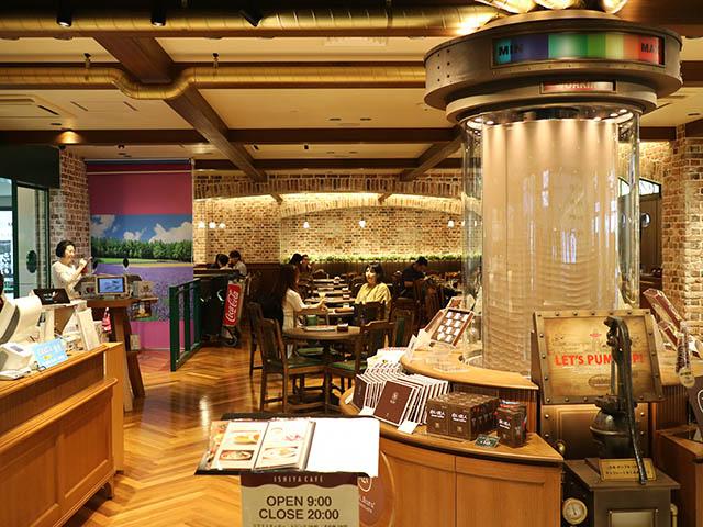 ISHIYA CAFE(イシヤ カフェ) 新千歳空港店 店内