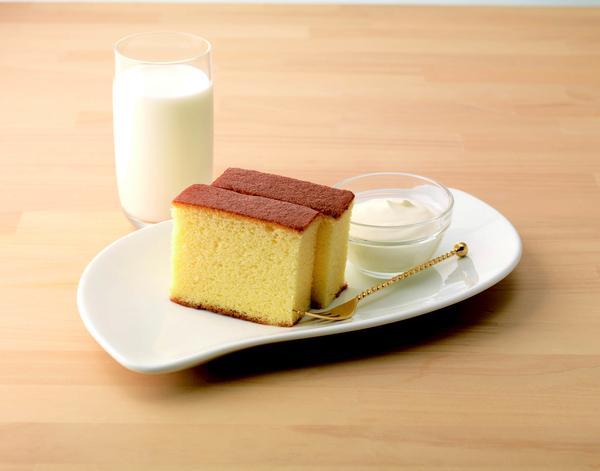 北海道牛乳カステラ+ドリンクセット 500円(税込)