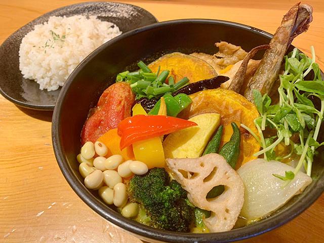 チキンと一日分の野菜20品目 1,500円(税抜)