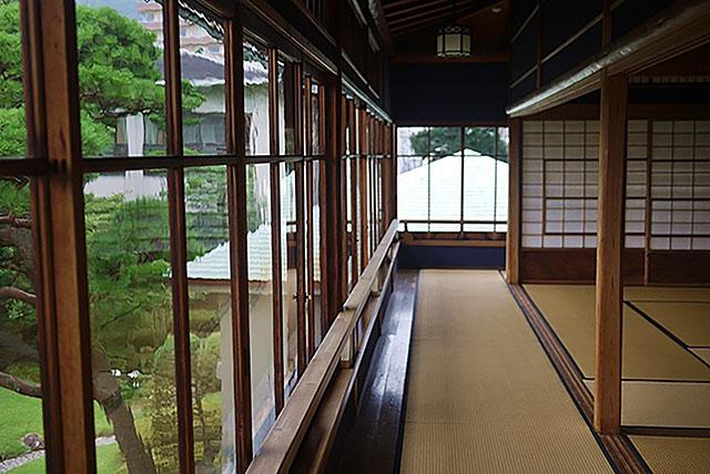 日本家屋の美しさをとどめる「起雲閣」本館