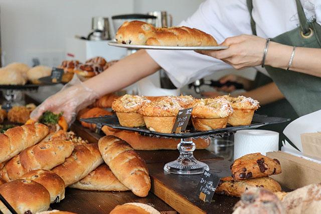 バラエティ豊富なパンがたくさん!店員さんもとってもフレンドリーです