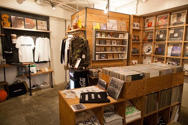 JAZZY SPORT SHIMOKITAZAWA 店内