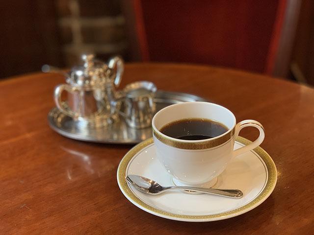 銀座トリコロール モーニングのブレンドコーヒー