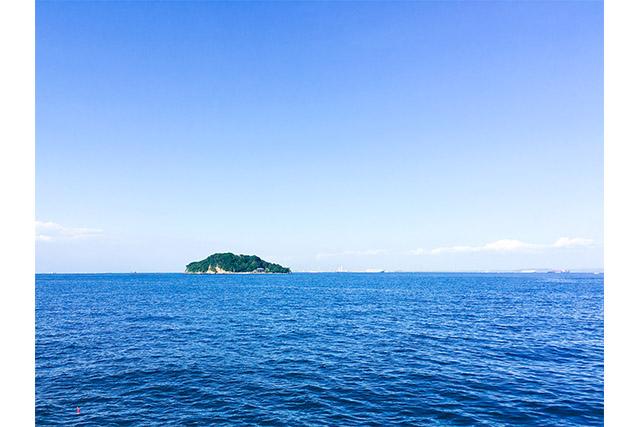 神奈川・横須賀市の海に浮かぶ無人島「猿島」