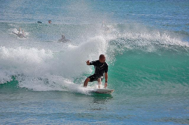 サーファーに人気のビーチです。