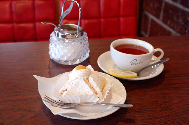 紅茶(レモン) 350円