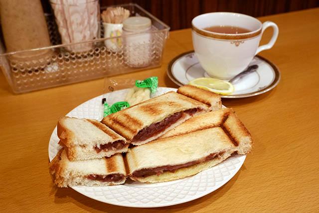 モーニング喫茶リヨン 終日モーニング 小倉あんプレスサンド(ドリンク代のみ380円~)