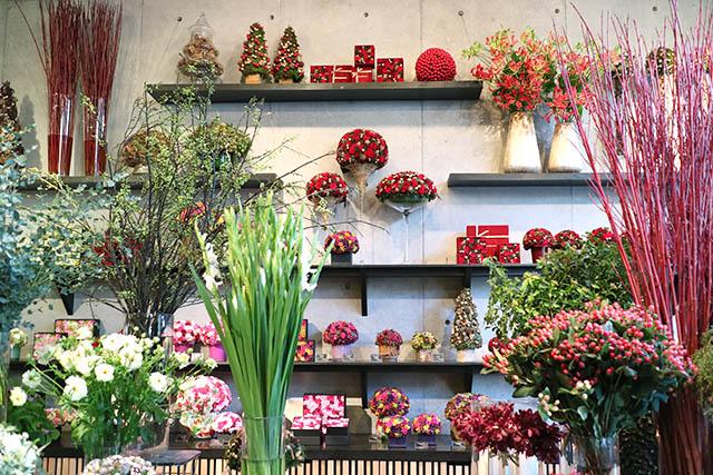 「Nicolai Bergmann Flowers & Design Flagship Store(ニコライ バーグマン フラワーズ アンド デザイン フラッグシップストア)」 店内