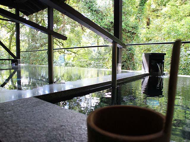 箱根湯本温泉 箱根湯寮 女湯の見晴湯