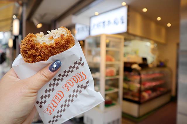「大野屋牛肉店」 ザクザク食感の「銘柄豚メンチカツ180円(税込)」