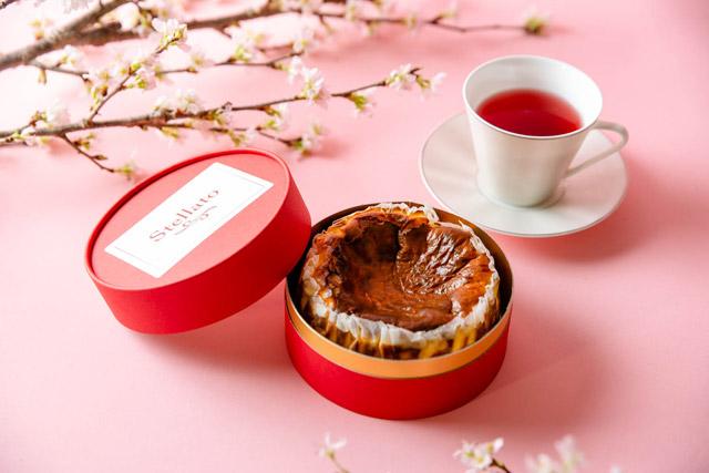 Stellato(ステラート) 「おうちdeアフタヌーンティーセット」自家製バスクチーズケーキ