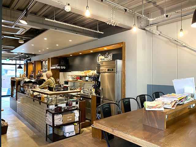 「CHILLULU COFFEE(チルルコーヒー)」 店内