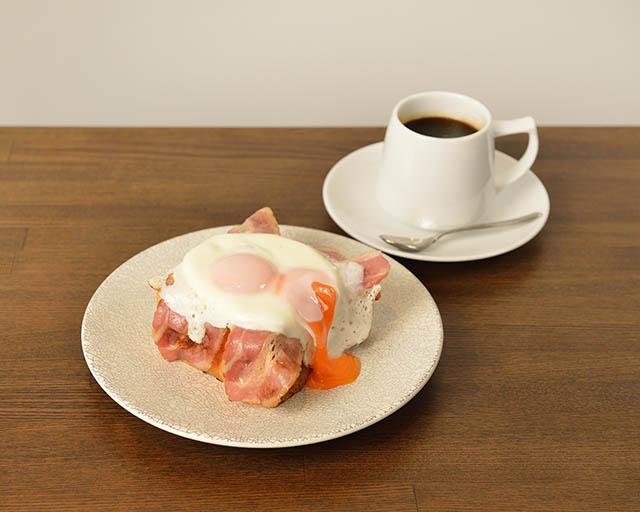 「パンとエスプレッソとまちあわせ」のモーニングセット