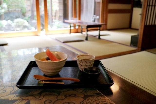古桑庵 「あんみつ(お茶付)」900円(税込)