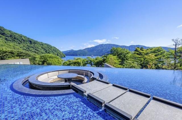 箱根・芦ノ湖 はなをり