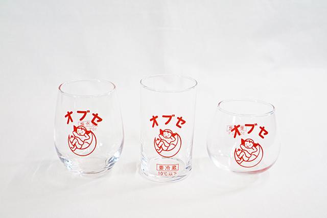 ガラスコップ 一番人気は右のお椀型