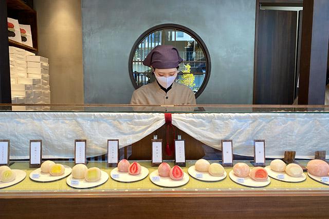 東京初出店となった銀座店のほか、三軒茶屋、 六本木でも購入することができます