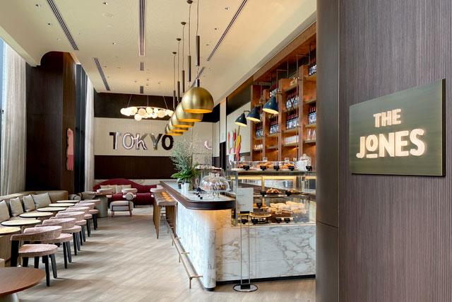 キンプトン新宿東京のカフェ「ザ・ジョーンズカフェ&バー」