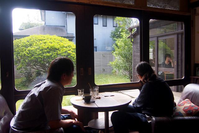 松庵文庫 お庭のツツジがカフェの名前の由来です