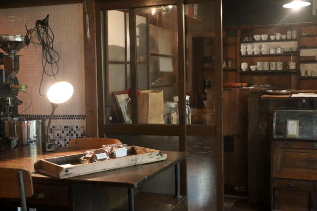 GRANARYS COFFEE STAND 店内