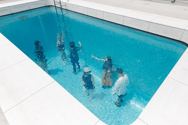 金沢21世紀美術館 「スイミング・プール」