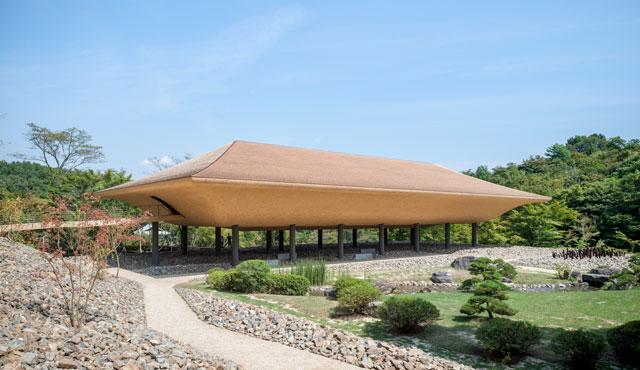 神勝寺 禅と庭のミュージアム 「洸庭」 Photo : Nobutada OMOTE | Sandwich
