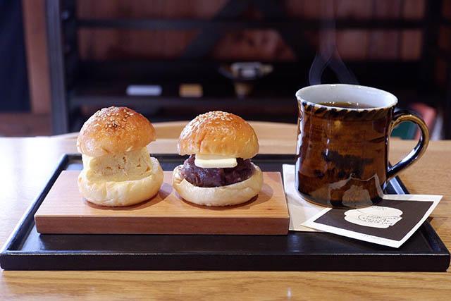 knot café 「出し巻きサンド」 / 「あんバターサンド」どちらも330円(税別)
