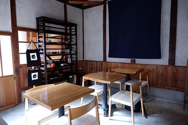 knot café 店内