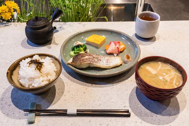 ロリマー京都 「一汁三菜」1500円(税別)