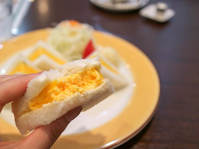やまもと喫茶 「焼たまごサンドセット(コーヒーサラダ付)」750円(税別)
