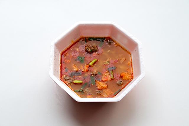 日清拉王泡菜口味(日清豚キムチ)