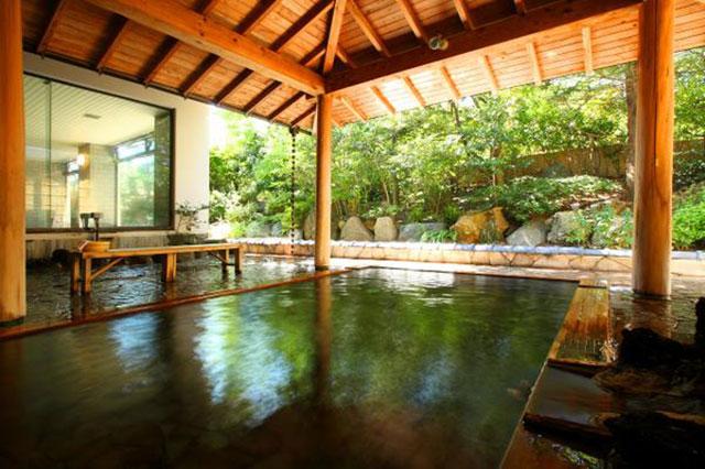 이와무로 온천(岩室温泉)